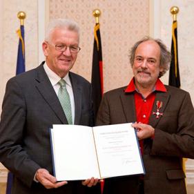 Rolf Graser erhät das Bundesverdienstkreuz